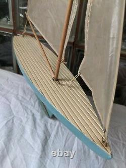 ANTIQUE 1940s KEYSTONE Wood Pond Yacht Model Boat Sailboat Metal keel