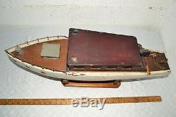 Antique Vintage Big 28 Motorized Wooden Model Cabin Cruiser Pond Yacht Boat