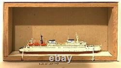 CARAT C-17 GERMANY FERRY Warnemünde 1/1250 MODEL SHIP With WOOD SUPPORT
