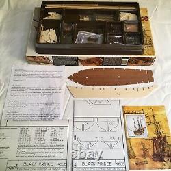 C. Mamoli Black Prince Privateer Schooner 1775 ship model kit MV46