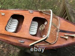 Chris Craft Runabout Wood Model 14 Classic Mahogany Racing Speed Boat Vintage