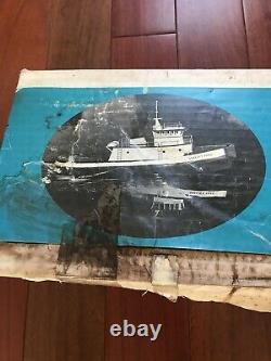 Dumas Boat Little Shelley Foss Harbor Tug 24'' Model Kit Vintage #1206