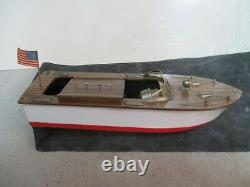 Excellent Vintage 1950s Fleet Line The Sea Babe Battery Operated Toy Model Boat