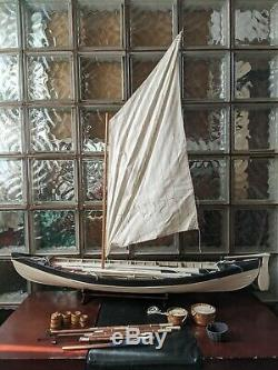 Gorgeous 38 Retired Vintage New Bedford Whaling Boat Model Display Saiboat