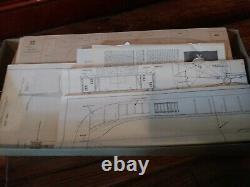 Large 24 1/2 Scientific Robert E. Lee Steamboat Deluxe Wood Ship Model