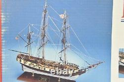Model Shipways Massachusetts Privateer Rattlesnake 1780 in 164 Scale