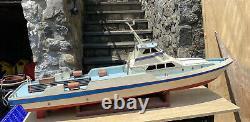 RC Model Boat
