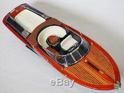 RIVA AQUARIVA BOAT 27 (68 cm) Wood Model Miniature