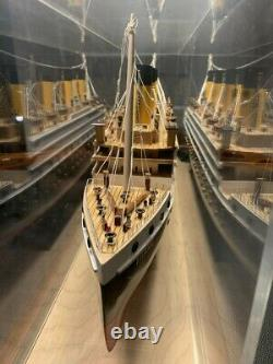 Titanic Model with Display Case + Lighting (38x13x9) RARE Collector's Model