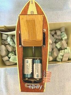 VINTAGE 1950's RICO (JAPAN) POWERED WOOD MODEL BOAT 9 1/2 WORKS GREAT-MINT