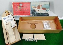 Vintage Ideal Models OWENS Fleetship 22 Outboard Cruiser Power Boats 1552 RARE