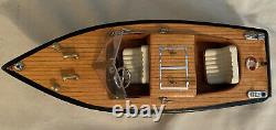 Vintage wood runabout two-seater Chris Craft model boat