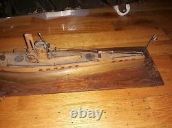 WWII Italian Prisoner of War Wood Model Submarine Italy Ship Boat POW Trench Art