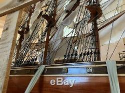 Wooden Model Boat CUTTY SARK BOAT, Museum Quality, hand-crafted from hard wood