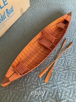 Adirondack Guideboat, 31 Bateau Modèle En Bois Avec Rames Et Stand, Flambant Neuf, Rare
