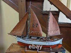Antique 1939 Art Populaire Modèle À La Main Goélette Bateau Pilote Scandinave 22