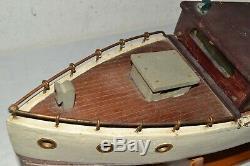 Antique Vintage Big 28 Modèle En Bois Motorisé Cabin Cruiser Étang Yacht Bateau