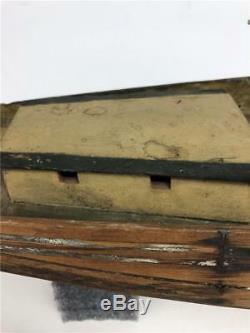 Antiquité Américaine Du Xixe Siècle Fait À La Main En Bois Peint Bateau À Voile Modèle De Bateau À Voile