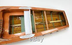 Bateau Classique En Bois Fait À La Main, Modèle 48 Rc De Riva Ariston