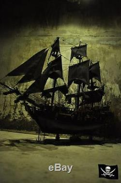 Black Pearl Pirates Of Tall Navire 60 Cm. Grand Modèle De Bateau En Bois