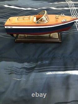 Bois Vintage Inboard Runabout Boat/ Stand Chris Craft Modèle Bateau