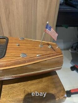 Chris Craft Barrel Back Runabout Speed Boat Modèle D'affichage En Bois