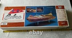 Dumas 27 Chris Craft 1955 Cobra Boat Kit Échelle 1 / 8ème Modèle Bois New Open Box