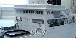 Énorme Grand Yacht De Bateau Blanc De Modèle Personnalisé De 8 Pi De Long