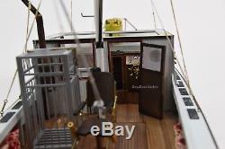 L'orca Du Film Jaws Bateau De Pêche En Bois Modèle 35 Prêt