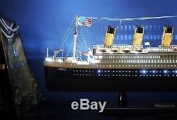 Le Bateau De Croisière Du Titanic Led De Rms Allume Le Modèle De Bateau En Bois De Paquebot 32 Océan Assemblé