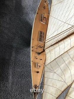 Magnifique Grand Vtg Bois Modèle Voilier Pond Boat Yacht Schooner Tall Ship 45