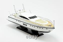 Mangusta 108 Yacht Bateau En Bois Fabriqué À La Main Modèle 33