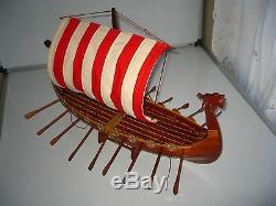 Maquette En Bois De Haute Qualité Fabriquée À La Main Par Un Bateau-dragon Viking 24
