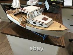 Midwest Boothbay Lobster Boat R / C Modèle Électrique Complet
