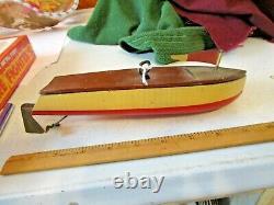 Modèle De Bateau En Bois De Moteur Clockwork Des Années 1930 En Bois Wind Up Pond Boat