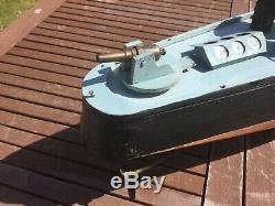 Modèle De Bateau. Planche Avant La Première Guerre Mondiale Sur Le Navire De La Marine De Trame. 4 Pieds De Long