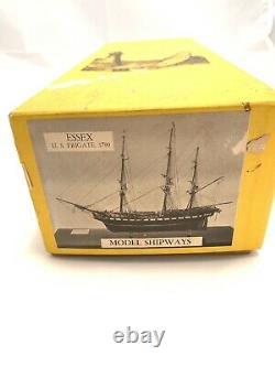Modèle Shipways Essex 1799, 32 Gun U. S. Frigate Wooden Model Ship, Vintage