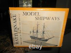 Modèle Shipways Rattlesnake 1781 Wood Ship Boat Privateer Vintage 1982