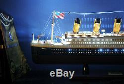 Rms Titanic Cruise Ship Led Lights 32 Paquebot Bois Modèle Bateau Assemblé