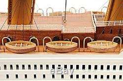 Titanic En Bois Peint Petit Modèle De Navire