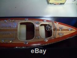 Typhoon Speed boat 38 Maquette De Bateau En Bois Fait Main