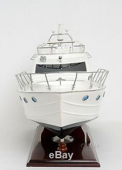 Viking Sport Cruiser Yacht 36 Bateau À Moteur Modèle En Bois Assemblé Navire Construit