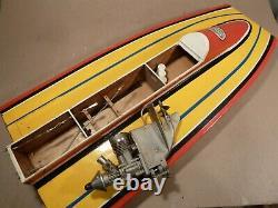 Vintage Dumas Deep Racing Boat Model 23 Long Avec Moteur Hors-bord