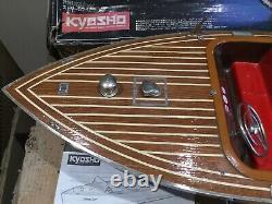 Vintage Kyosho Streamliner Modèle Électrique Bateau De Vitesse En Bois