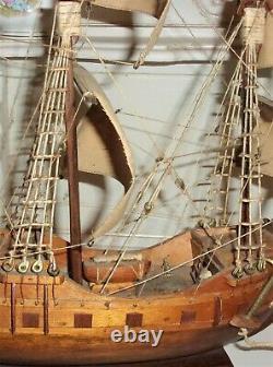Vintage Modèle En Bois Modèle Bateau Antique Elizabethan Wood Galleon