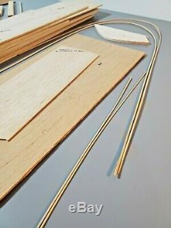 Vintage Modèles Sterling Chris Craft 21' Monterey Bois R / C Bateau Kit B-13m Unbuilt
