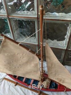 Vintage New Bedford Whaling Bateau Modèle Bois Main Yacht Étang D'affichage De Voilier