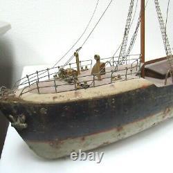 Vintage Wooden Model Steam Ship Boat Trawler 31 Long Damaged