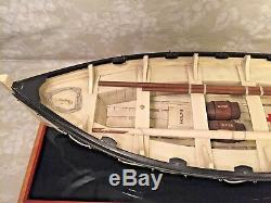 Vtg Bois Modèle De Titanic Life Boat # 14 Sur Le Stand Avirons, Mât, Voiles, Fournitures