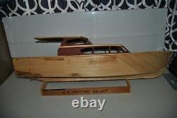 Yacht À Moteur Vintage Rc 63' Modèle En Bois Partiellement Construit Bateau À Partir D'un Kit Sterling
